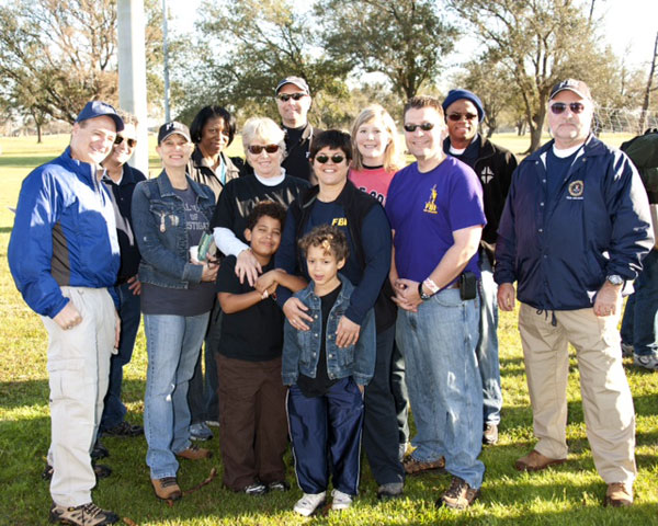 FBICAA members joined FBI personnel on Saturday February 2nd to participate in the NFL's Super Saturday of Service. Together volunteers built picnic tables and a memo board. Special thanks to the Alumni members who participated; Leisa Farrar, Norris Yarbrough, and Dennis Quijano.